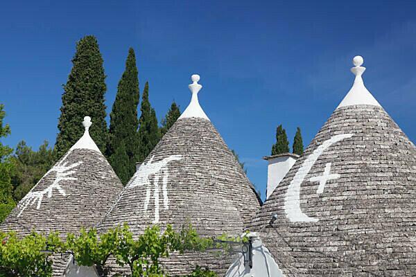 Trulli Häuser, Stadtteil Monti, Alberobello, UNESCO Weltkulturerbe, Valle d'Itria, Provinz Bari, Apulien, Italien