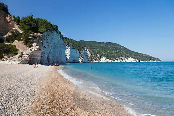 Vignanotica bay between Mattinata and Vieste, Gargano, province of Foggia, Apulia, Italy