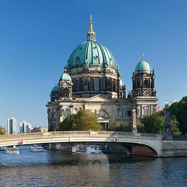 Berliner Dom, Spree, Museumsinsel, UNESCO Weltkulturerbe, Mitte, Berlin, Deutschland