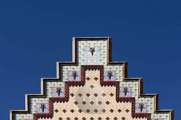 Gable Casa Amatller, architect Puig i Cadafalch, modernism, Eixample, Barcelona, Catalonia, Spain