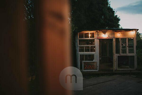 Alternative wedding, illuminateded garden pavilion