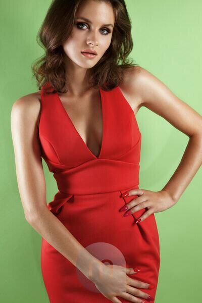 Summer Shooting, young woman in red dress, pose, studio, half portrait