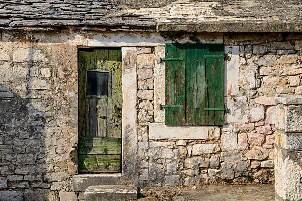 Croatia, Dalmatia, region of Sibenik, Rogoznica, old town