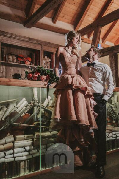 Bridal couple, music room, standing, sitting, eye contact,