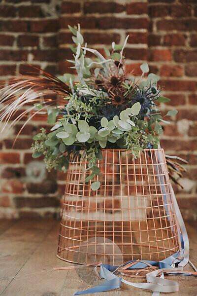 Basket, bouquet,