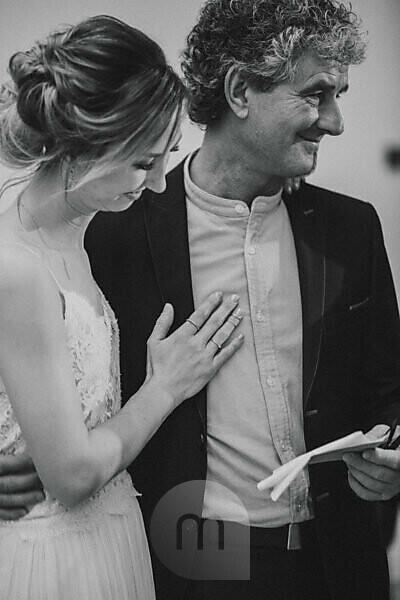 Wedding, bride, father, smile, arm in arm,