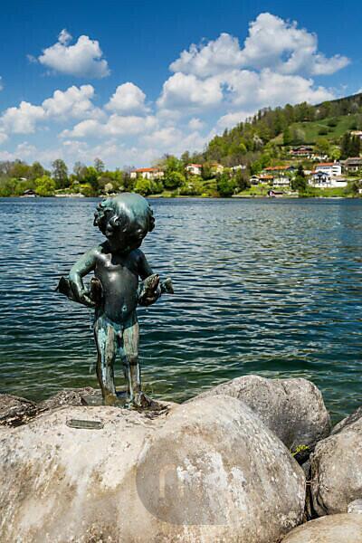 Germany, Bavaria, Tegernsee, Alps, Rottach-Egern