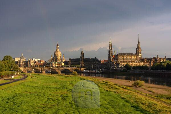 Elbe Cycletour, Saxony, Dresden, Elbe meadows with Canaletto view