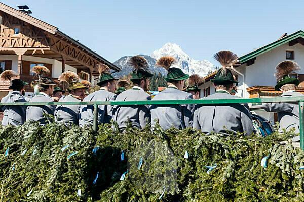 Georgi ride, riders, carriages, parade, Mittenwald, Bavaria, Upper Bavaria, Germany,