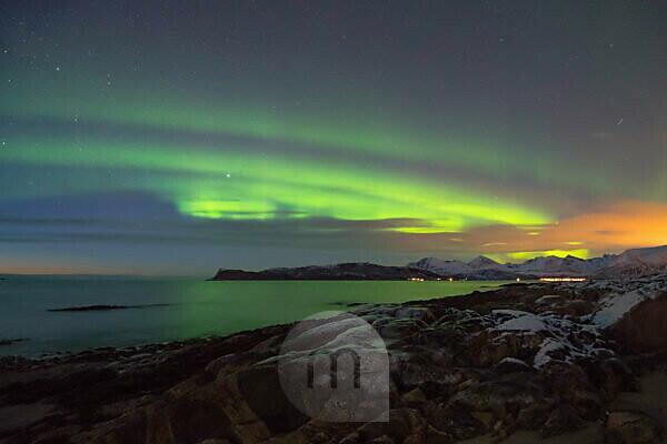Europe, Norway, Troms, dancing Northern Lights over Kvaløya