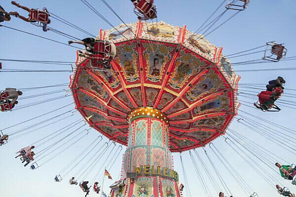 Chain carousel at the Munich Oktoberfest, Ludwigsvorstadt, Munich, Upper Bavaria, Bavaria, southern Germany, Germany, Europe