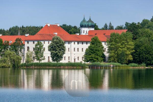 Seeon Abbey at Seeoner lake, commune Seeon-Seebruck, Chiemgau, Upper Bavaria, Bavaria, Southern Germany, Germany, Europe