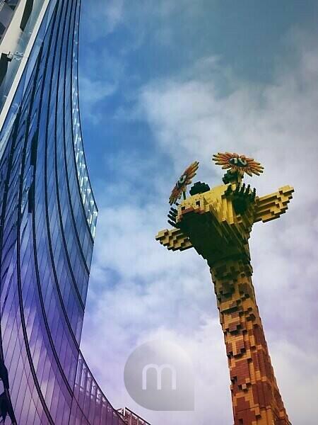 Germany, Berlin, Potsdamer Platz, Lego Giraffe
