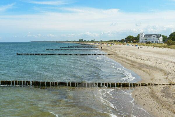 Baltic sea beach in summer, Heiligendam, Baltic Sea, Western Pomerania, Mecklenburg-Vorpommern, Germany