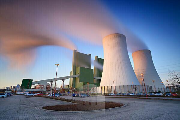 Germany, Saxony-Anhalt, Skopau, lignite power plant at sunrise