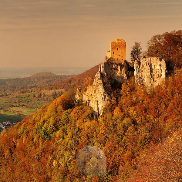 Reussenstein castle ruins above the Neidlinger valley at sunset in autumn, Swabian Alb, Baden-Württemberg, Germany