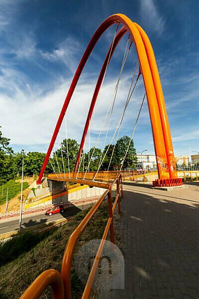 Europe, Poland, Kuyavian-Pomeranian Voivodeship, Bydgoszcz - Uniwersytecki bridge