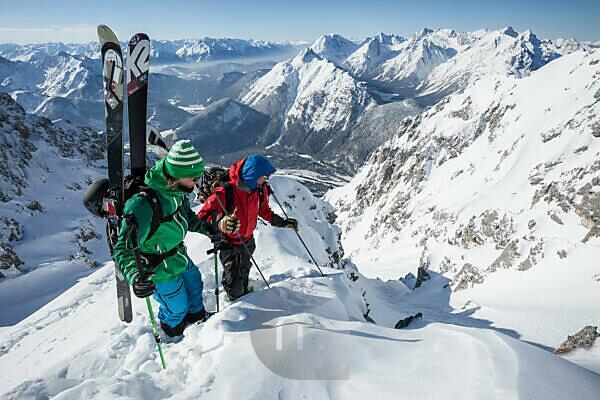 Skitour an der Lindlahn und Dammkar, bei Mittenwald, Karwendel, Bayern, Deutschland
