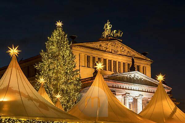 Berlin, Gendarmenmarkt, Weihnachtsmarkt, Konzerthaus, beleuchtet, Nachtaufnahme