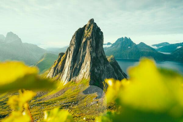 Berg Segla, Oyfjord, Mefjord, Senja, Norwegen