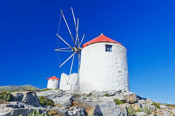 Traditionelle Windmühlen, Chora, Amorgos, Kykladen, Griechenland, Europa
