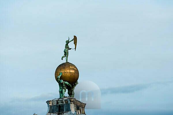 Italy, Veneto, Venice, old town, sculpture, evening mood