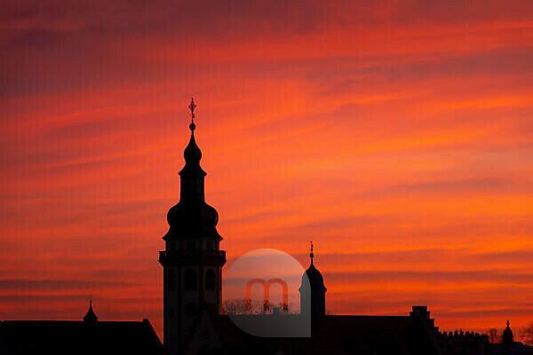 Deutschland, Baden-Württemberg, Karlsruhe, Blick auf die Stadtsilhouette von Durlach dem größten Stadtteil von Karlsruhe.