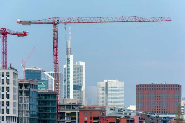 Germany, Hesse, Frankfurt, building activity on the Main.