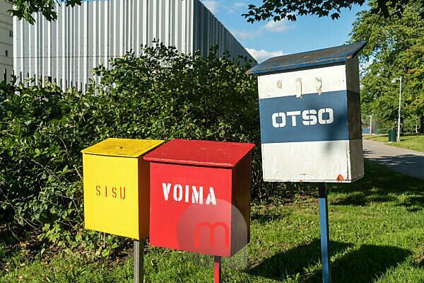 Helsinki, Hafen, Katajanokka Icebreaker Base, Briefkästen für die Eisbrecher Sisu, Voima und Otso