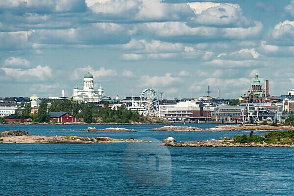 Helsinki, Altstadtblick vom Wasser, Dom, Uspenski-Kathedrale