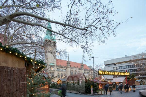 Rathaus, Platz der Deutschen Einheit, Weihnachtsmarkt, Braunschweig, Niedersachsen, Deutschland, Europa