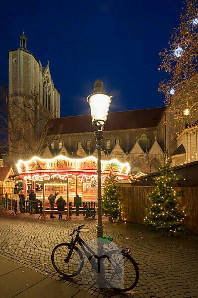Christmas market, blue hour, night, Braunschweig, Lower Saxony, Germany, Europe