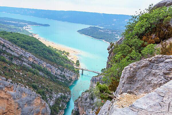 Lake of Sainte-Croix, Gorges du Verdon, Alpes-de-Haute Provence, Provence, France, Europe