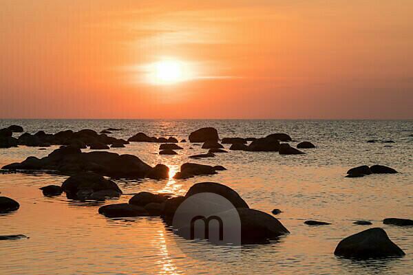 Estland, Ostseeinsel Hiiumaa, Schärenküste, Abendstimmung