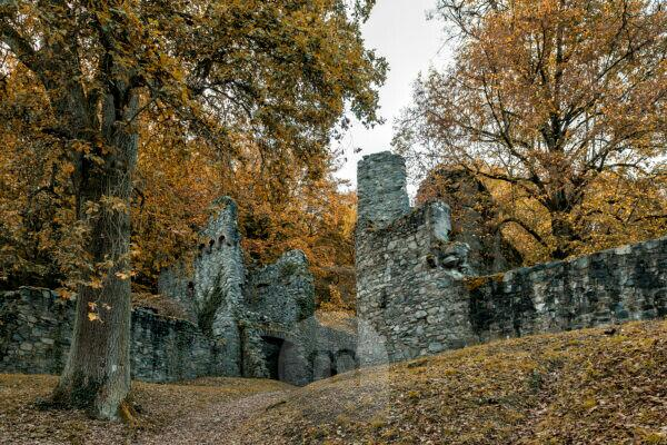 Franconian Crumbach, Hesse, Odenwaldkreis, Rodenstein castle ruins from the 13th century