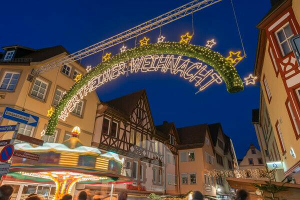 Wertheim am Main, Main Tauber district, Baden-Wuerttemberg, Germany, view of the Christmas market in the old town.