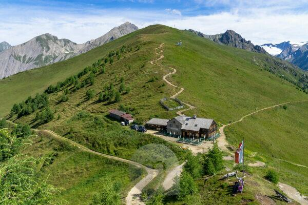 Europe, Austria, Tyrol, East Tyrol, Kals am Großglockner, view of the Kals-Matreier-Törl-Haus in the Granatspitzgruppe of the Hohe Tauern