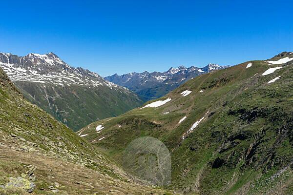 Europe, Austria, Tyrol, Ötztal Alps, Ötztal, view from the Mutsattel towards Ötztal