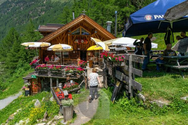 Europe, Austria, Tyrol, Ötztal Alps, Ötztal, snack station Sahnestüberl near Zwieselstein