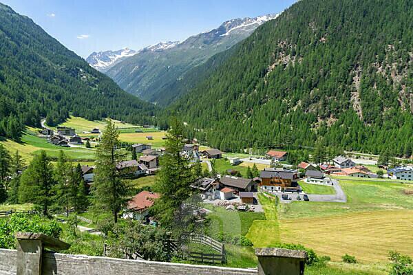 Europe, Austria, Tyrol, Ötztal Alps, Ötztal, view of the village of Zwieselstein in the Ötztal