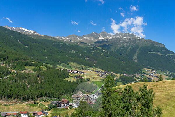 Europe, Austria, Tyrol, Ötztal Alps, Ötztal, view of Sölden and the surrounding mountains