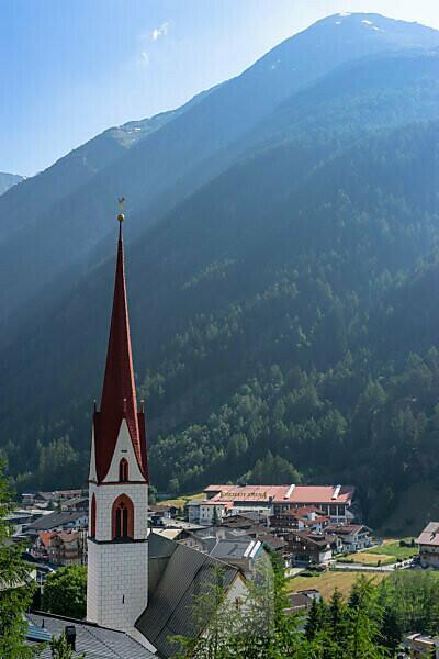 Europe, Austria, Tyrol, Ötztal Alps, Ötztal, view of the parish church in Sölden in the Ötztal