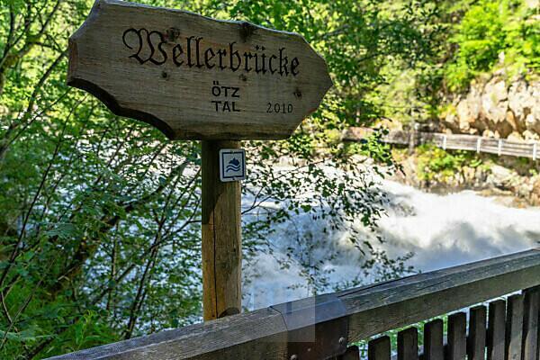 Europe, Austria, Tyrol, Ötztal Alps, Ötztal, Wellerbrücke over the Ötztaler Ache near Oetz