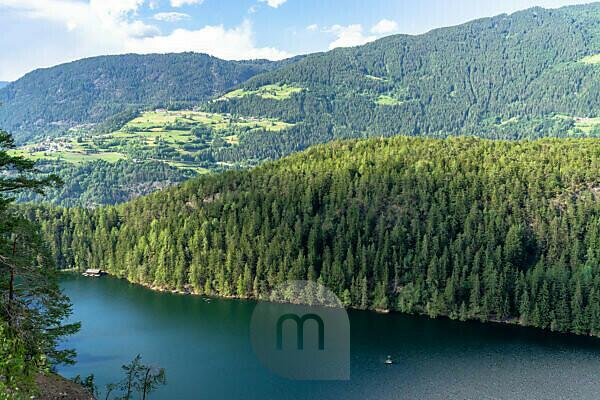 Europa, Österreich, Tirol, Ötztaler Alpen, Ötztal, Blick vom Seejöchl auf den Piburger See